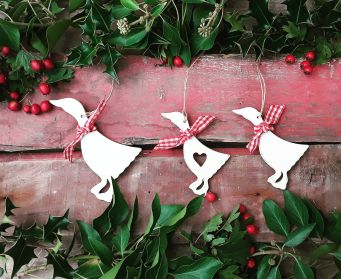 Hanging Wooden Christmas Duck Decoration