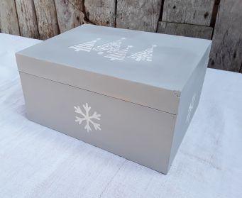 Christmas Tree And Snowflakes  Box