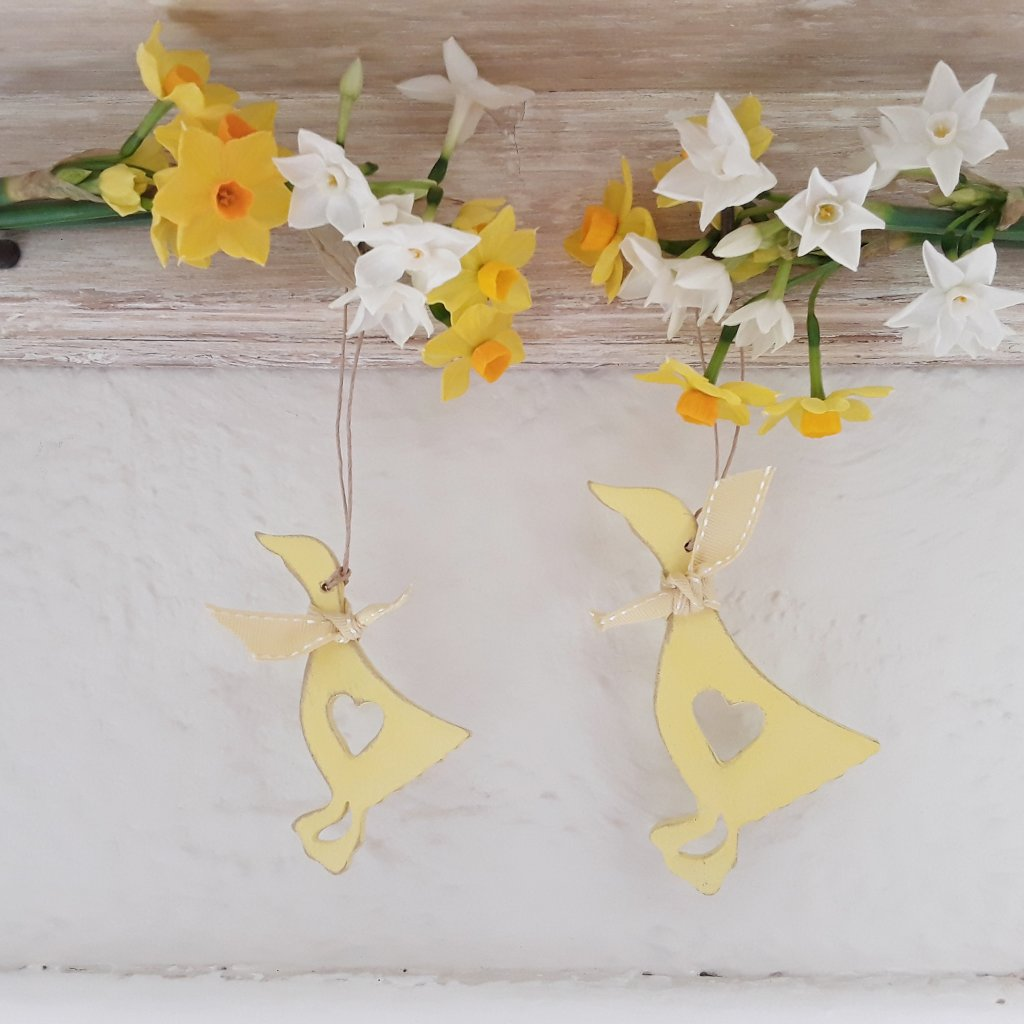 Hanging Wooden Duck Decoration