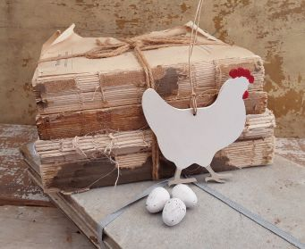 Painted Wooden Chicken Decoration Old White