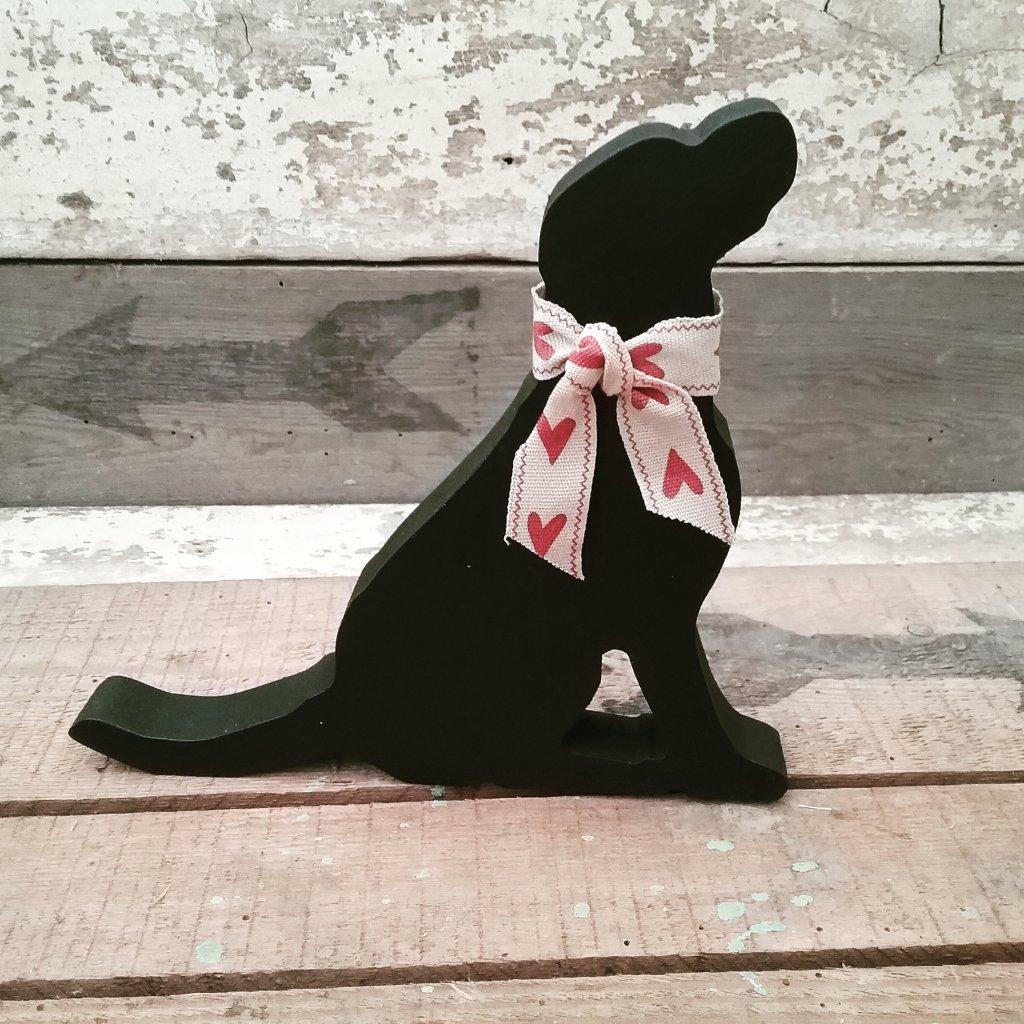 Handpainted Wooden Labrador - Sitting